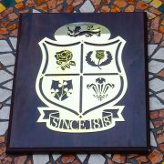 British-Lions-Rugby-Union-Solid-Brass-Plaque-on-Solid-Oak-Mount-1