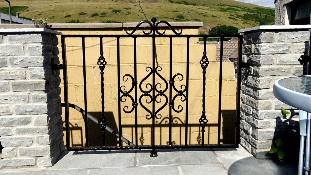 Gates And Railings Pontypridd Wrought Iron Ltd