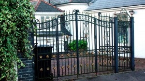 Double-Gated-Doored-Drive-Way-Pontypridd-Wrought-Iron-16
