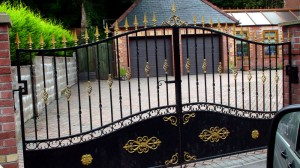 Double-Gated-Doored-Drive-Way-Pontypridd-Wrought-Iron-18
