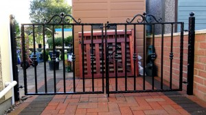Double-Gates-Small-Pontypridd-Wrought-Iron-7