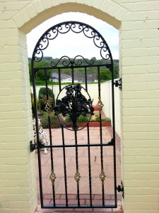 Single-Arched-Iron-Gate-Pontypridd-Wrought-Iron-5