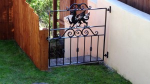 Single-Garden-Gate-Pontypridd-Wrought-Iron-8