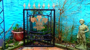 Single-gate-welsh-rugby-brass-Pontypridd-Wrought-Iron-9 1000px
