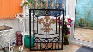 Single-gate-welsh-rugby-brass-iron-railings-Pontypridd-Wrought-Iron-5 1000px