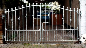 rive-way-Double-Iron-Gate-Garage-Pontypridd-Wrought-Iron-17