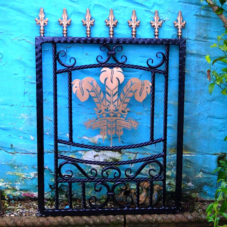 Welsh-Rugby-Brass-Plate-Custom-Ironwork-Pontypridd-Wrought-Iron-garden-3 900px